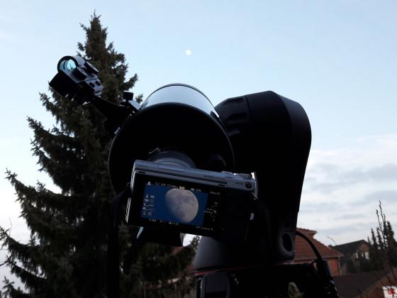 Der Mond im Visier